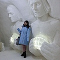 參觀芬蘭的冰雪城堡--到處都有以北歐生活背景製作的冰雕2015.02.17-2.jpg