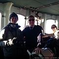 參觀三寶破冰船的駕駛艙,和船長合影2015.02.18.jpg