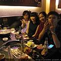 診所提前慶祝中秋節,石頭烤肉聚餐。2015.09.19-6.jpg