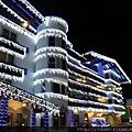 20160203_我們今晚預定入住Leavenworth小鎮的旅館門口〈Bavarian Lodge〉。-1.jpg