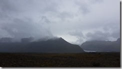 20170826_這種火山岩地形冰島隨處可見。