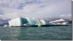 20170827_冰河湖遊船由湖上觀賞各種浮冰。4