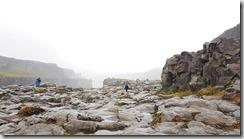 20170829_要走一段石子路才能到達魔鬼瀑布。