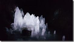 20170830_火山洞內部的冰柱。1