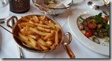 20170903_米其林一星的晚餐菜色--主菜還附了一大盆炸薯條