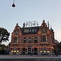 20170823_哥本哈根市區古老的遊樂園,現在其實已經八九點了,天還很亮。.jpg