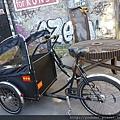 20170823_這個腳踏車前方架子可以放東西也可以溜小孩,還能加車棚。.jpg
