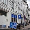 20170824_我們就住在遊客中心旁的公寓一樓,有3張床。哥本哈根再見了。.jpg