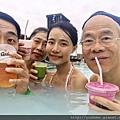 20170824_藍湖溫泉泡溫泉,行程還包括可以選用一杯特製的飲料。。.jpg