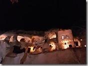 20171230_194653夜晚的仿洞穴旅館