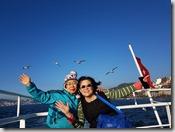20180106_155707遊艇暢遊博斯普魯斯海峽,成群的海鷗追逐。10