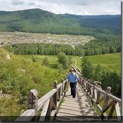 20180614_165632禾木村附近景色--登高眺望遠處禾木村全景。2
