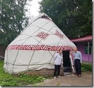 20180617_151142哈薩克民族家訪--在此蒙古包內接受奶茶、特色點新款待。