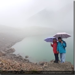 20180618_161944被雨和雲遮掩住的湖景。1