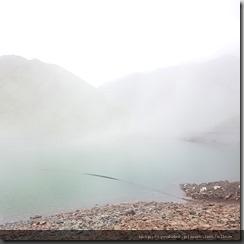 20180618_162315被雨和雲遮掩住的湖景。