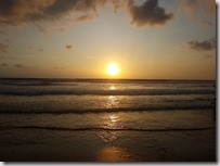 20181031_180008--飯店附近海邊的夕陽
