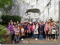 1556308161048獅子紀念碑前的大合照