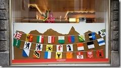 20190426_171650瑞士是個聯邦體有26州,各有自己各州的周旗