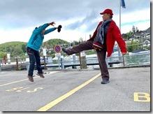 圖恩湖邊韓大哥和先生來場武功較勁,玩得不亦樂乎--這種超高技巧的照相是團員的傑作6