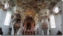 20190502_150423威斯教堂內部的華麗和外觀的樸實對比性很大1