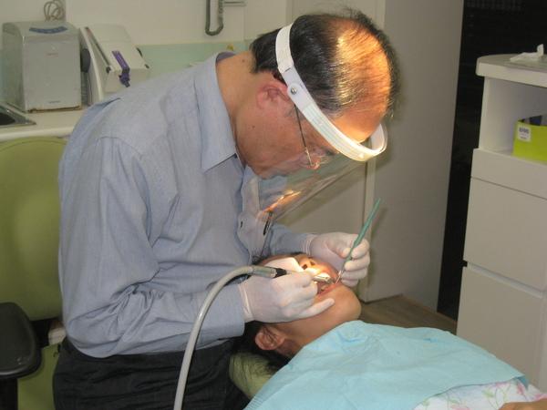 2009.11.29看牙記2.jpg