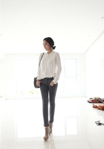 Laurent blouse11.JPG
