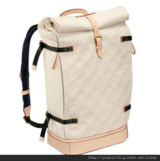louis-vuitton-backpack-ss12-1.jpg