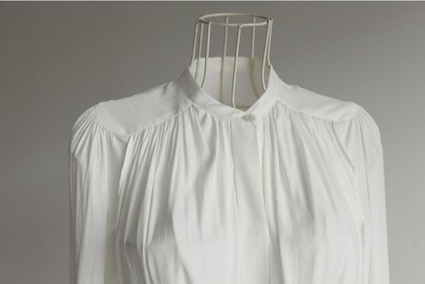 Laurent blouse16.JPG