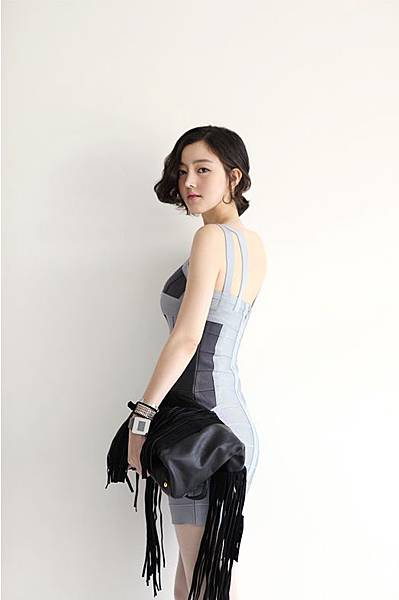 Elastic bandage_Body line dress16.jpg