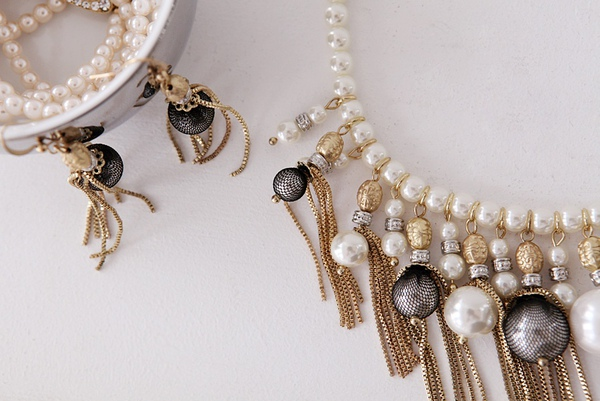 Duchess pearl chain necklace2.jpg