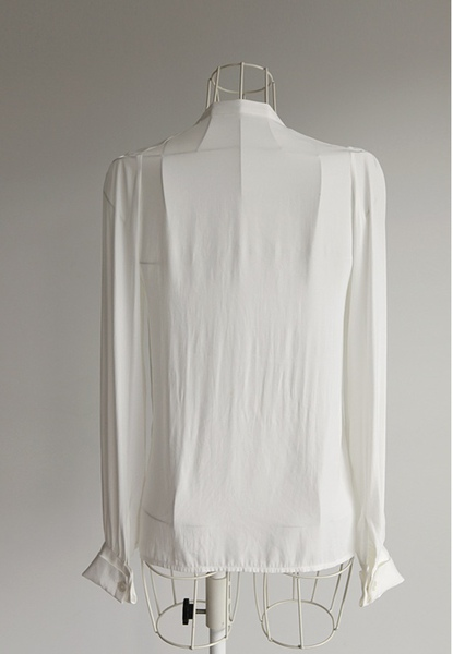 Laurent blouse15.JPG
