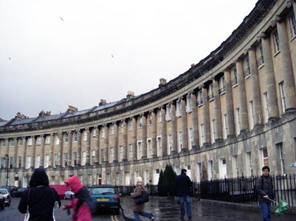 和同學去Bath