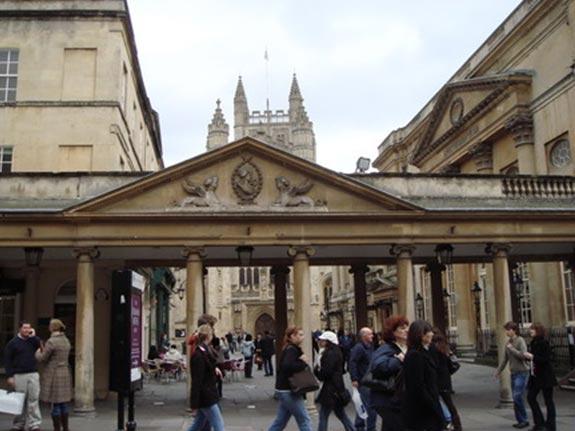 和同學去Bath3