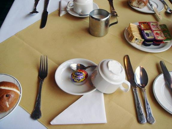 復活節餐桌擺飾