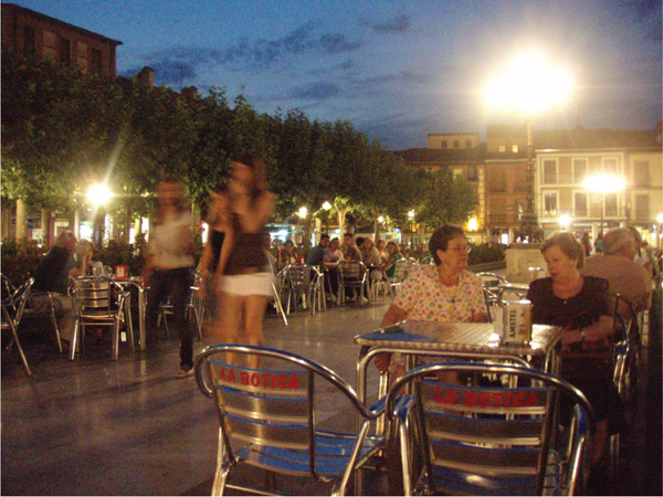 "4 Alcala-This is where I live. ''La Plaza Cervantes"" (In the evening).jpg"