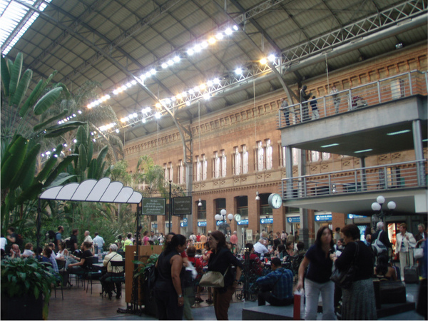 14-Atocha-Madrid-Train-Stat.jpg