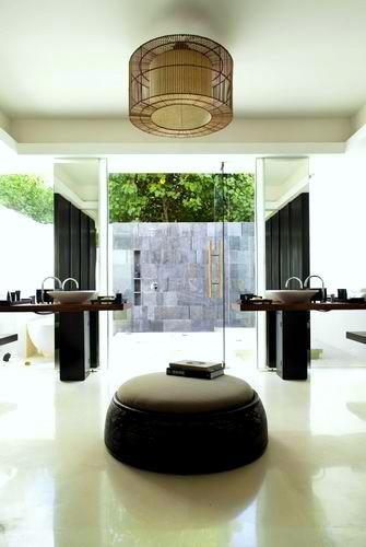 調整大小Alila_Villas_Hadahaa_-_Island_Villa_-_bathroom (H).jpg