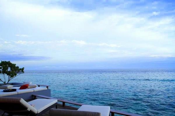 調整大小Alila_Villas_Hadahaa_-_view_from_Aqua_Villa's_private_deck (H).jpg