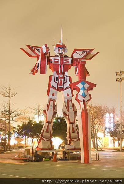 鋼彈1--鹿港花燈.jpg