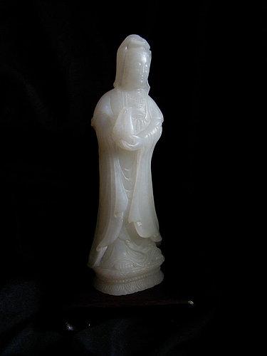 02.和闐玉 高18.5 cm 592 g.jpg