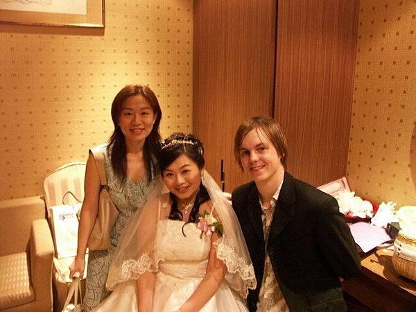 新娘跟我跟kiwi 小帥哥