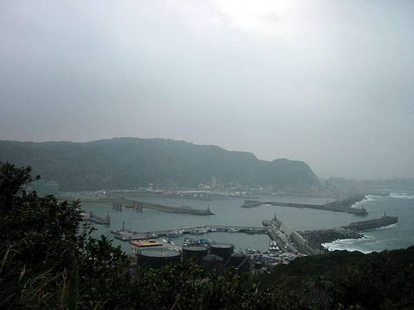 涼亭上遠眺碧砂漁港