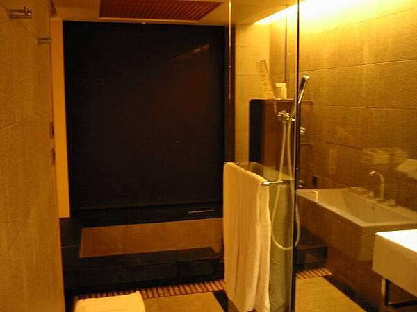 台中清新飯店shower & spa