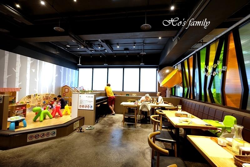 夢工場親子主題餐廳11.JPG
