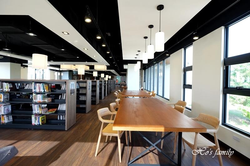 台中市立圖書館李科永紀念圖書分館30.JPG