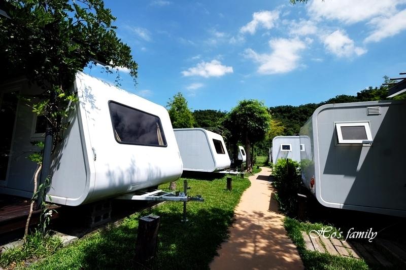 天ㄟ露營車2.JPG