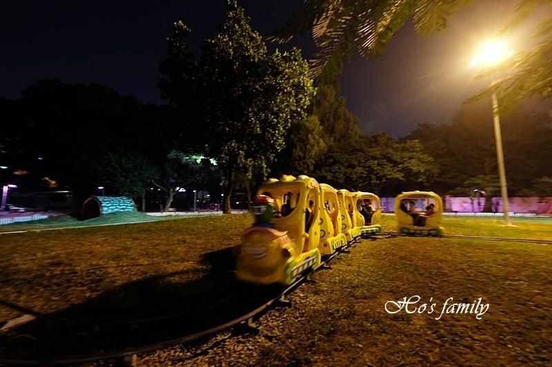 2018屏東公園聖誕節19.JPG