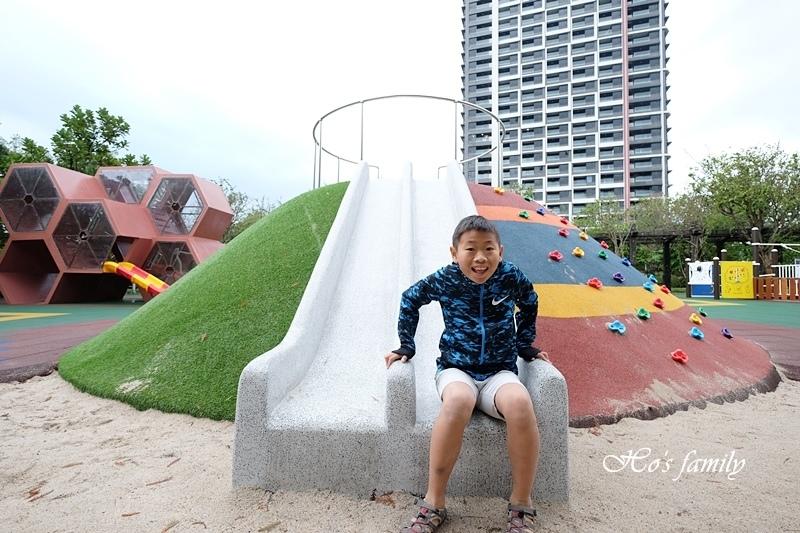 頭城運動公園兒童遊戲場7.JPG