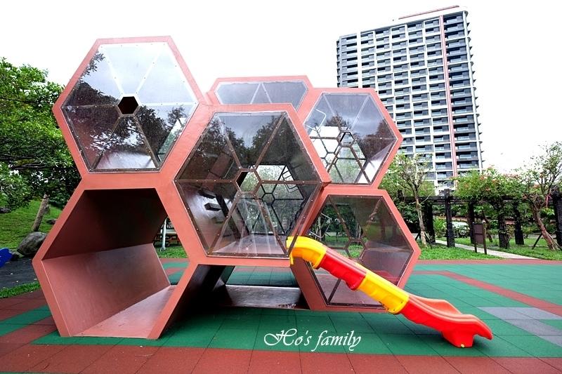 頭城運動公園兒童遊戲場13.JPG