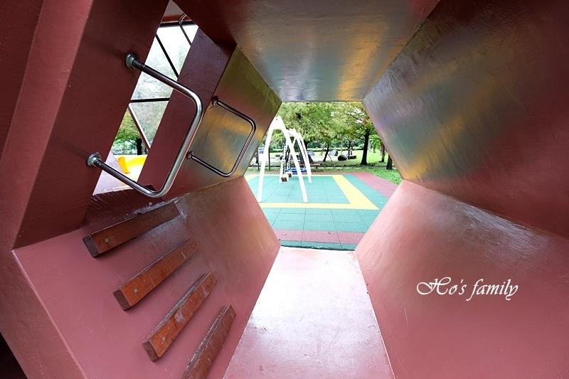 頭城運動公園兒童遊戲場15.JPG
